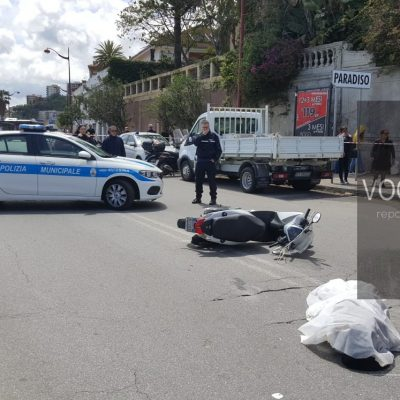 PARADISO: incidente mortale scooter contro camion. Muore una ragazza.