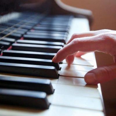 Musicoterapia e disturbi psichiatrici: sabato 22 febbraio, ore 10, concerto-evento alla Sala Laudamo