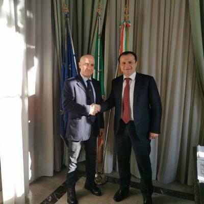 Il Sindaco Metropolitano Cateno De Luca incontra il Commissario straordinario per il Consiglio Santi Trovato