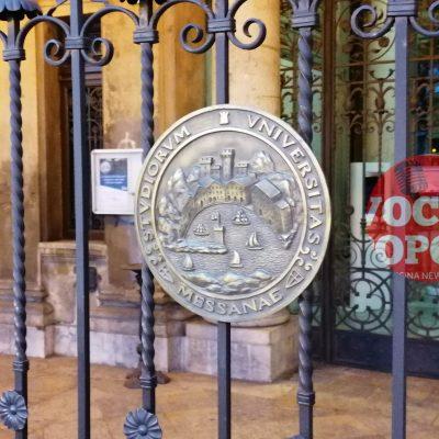 """Messina e il coronavirus: il lento """"risveglio"""", Università chiude e la Curia raccomanda niente acquasantiere e segni di pace"""