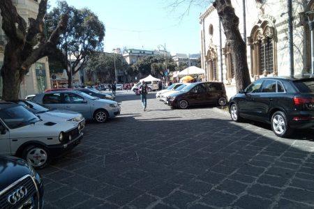 """Piazza Duomo: l'isola da dimenticata a """"violata"""". Eventi si ma non parcheggio! E nonostante il TAR!"""