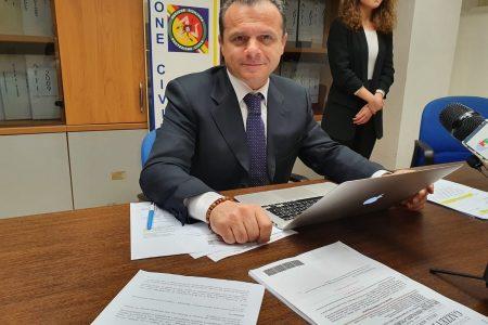 """De Luca istituisce un fondo d'emergenza per le famiglie da 32 milioni di euro: """"Copertura integrale affitti e bollette"""""""