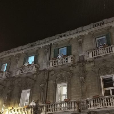 """CASA DI RIPOSO """"COME D'INCANTO"""": De Luca """"Oggi trasferimento a Policlinico dei 20 anziani positivi"""". Ma perché si è atteso tanto?"""