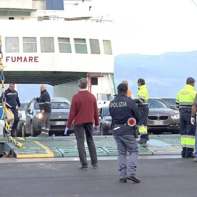Coronavirus: nuova stretta trasporti marittimi in Sicilia. Modificato decreto ministeriale, corse da 20 a 4 nello Stretto