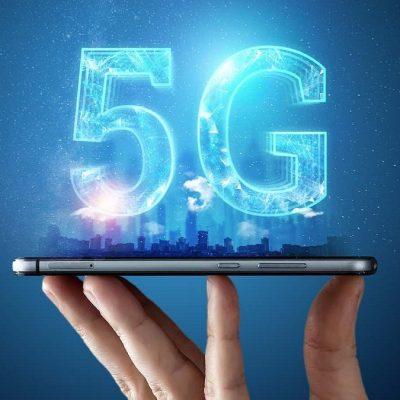 """5G ed il rischio """"medioevo"""": rischi infondati ed antenne meno potenti del 2G e del 3G. Decida la Città non uno solo."""