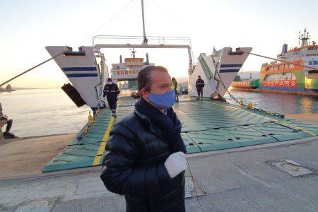 """Coronavirus, sospesa ordinanza per transito sullo Stretto, il Sindaco De Luca al Presidente Musumeci: """"Scenda dal piedistallo e faccia un regalo ai siciliani, la recepisca per controllare tutti i varchi d'accesso in Sicilia"""""""