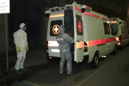 Vigili del fuoco : effettuata sanificazione dei locali della Croce rossa di Messina