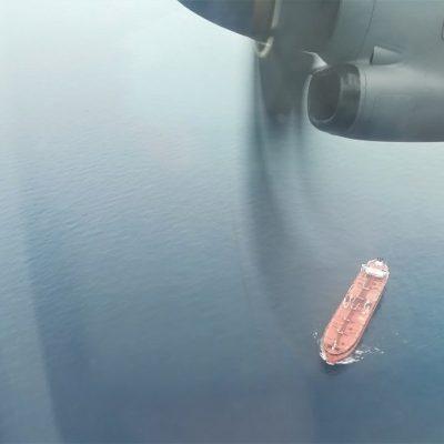 Sigonella: l'Aeronautica Militare salva equipaggio di un mercantile in fiamme