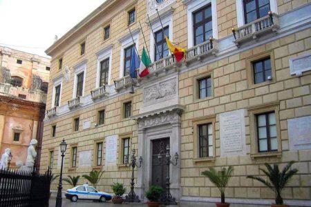 Corte conti: condannati sindaco e assessori Palermo. Dovranno risarcire indennità non dovuta a dipendenti comunali
