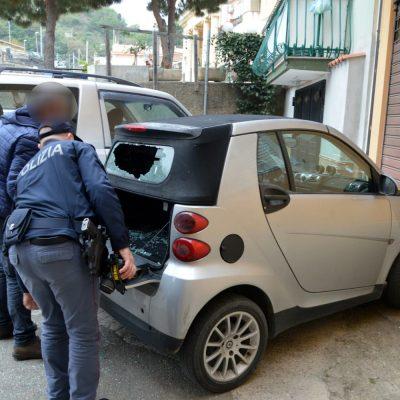 Mili San Marco: colpi di pistola contro una smart parcheggiata