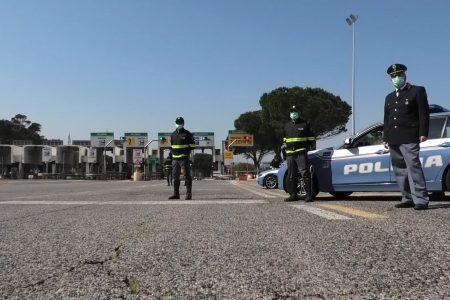 Polizia denuncia 38enne alla guida ubriaco e lo sanziona per violazione norme anti Covid19