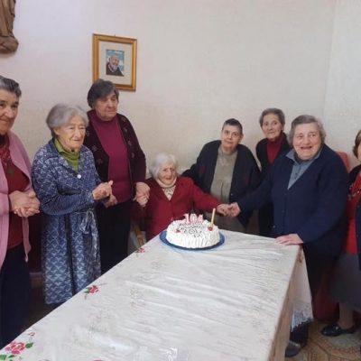SALINA: compie 104 anni e festeggia con ospiti di RSA