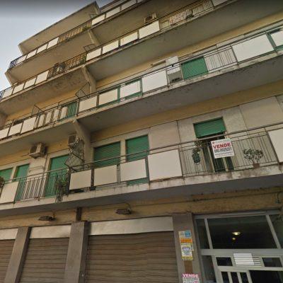 Messina: settantenne si lancia dalla terrazza in via del Santo