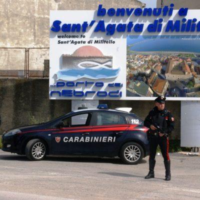 Maltrattamenti: due uomini, marito e figlio della vittima, arrestati dai Carabinieri