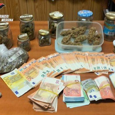 Nascondeva marijuana nell'abitazione. Pusher arrestato dai Carabinieri e denaro sequestrato