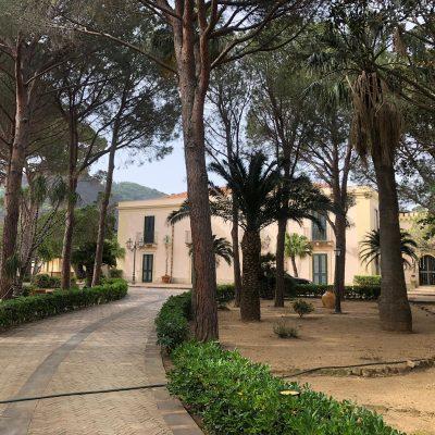 """Incendi: intatta Villa Musco. Claudio Mazzullo """"Salvati dai tagliafuoco. Tutto integro. Nessun danno"""""""