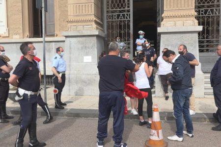 """Palazzo Zanca: la rabbia degli ambulanti, """"Basta sequestri, dateci una stabilità!"""". Musolino, """"a breve in Consiglio la decisione"""""""