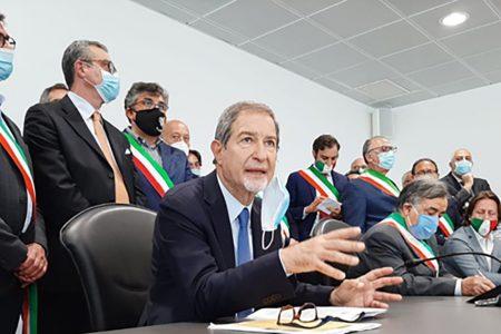 """CARO-VOLI, MUSUMECI: """"UN BIGLIETTO UNICO PER I COLLEGAMENTI ALITALIA"""""""