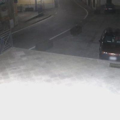 VIDEO – Due fratelli rapinano nottetempo un anziano parente. Arrestati dai carabinieri
