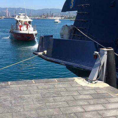 Fiamme su aliscafo Eraclide, paura per i turisti