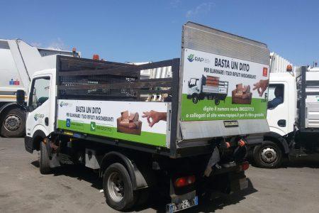 Rubati almeno 1000 litri di gasolio al giorno da mezzi pubblici, 21 arresti a Palermo