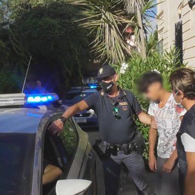 VIDEO – Rissa a Mondello. Arrestati gli accoltellatori di un giovane.
