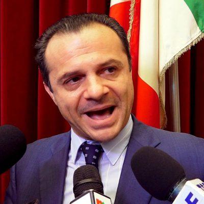 """Il """"rimpasto"""" di Giunta: De Luca non perdona ma dimentica chi ha gestito per lui la """"fase 3"""""""