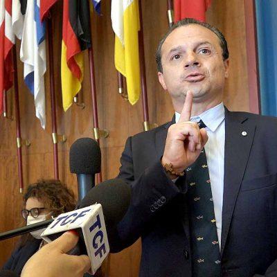 """Torna Cateno De Luca e """"Riparte Messina"""", 500 milioni di euro per 166 cantieri. E fuoriprogramma """"Scatenato"""""""