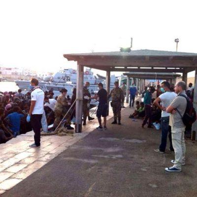 Migranti: altri 14 pachistani positivi a Pozzallo