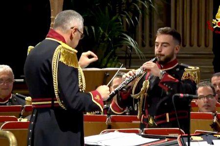 VIDEO – La banda musicale dei Vigili del Fuoco ricorda Ennio Morricone, scomparso ieri
