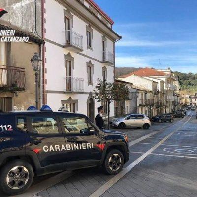 Autotrasportatore abusa di una tredicenne calabrese. Arrestato dai Carabinieri